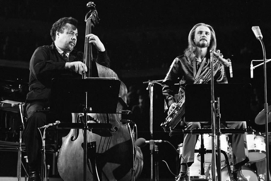 Charles Mingus, Bobby Jones